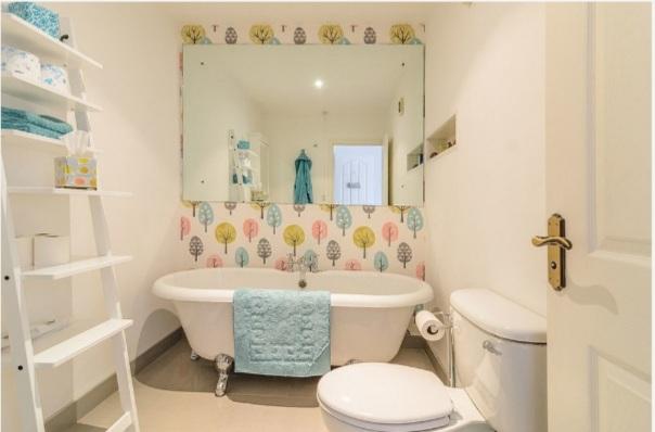 vị trí chuẩn để trang trí nội thất trong phòng tắm