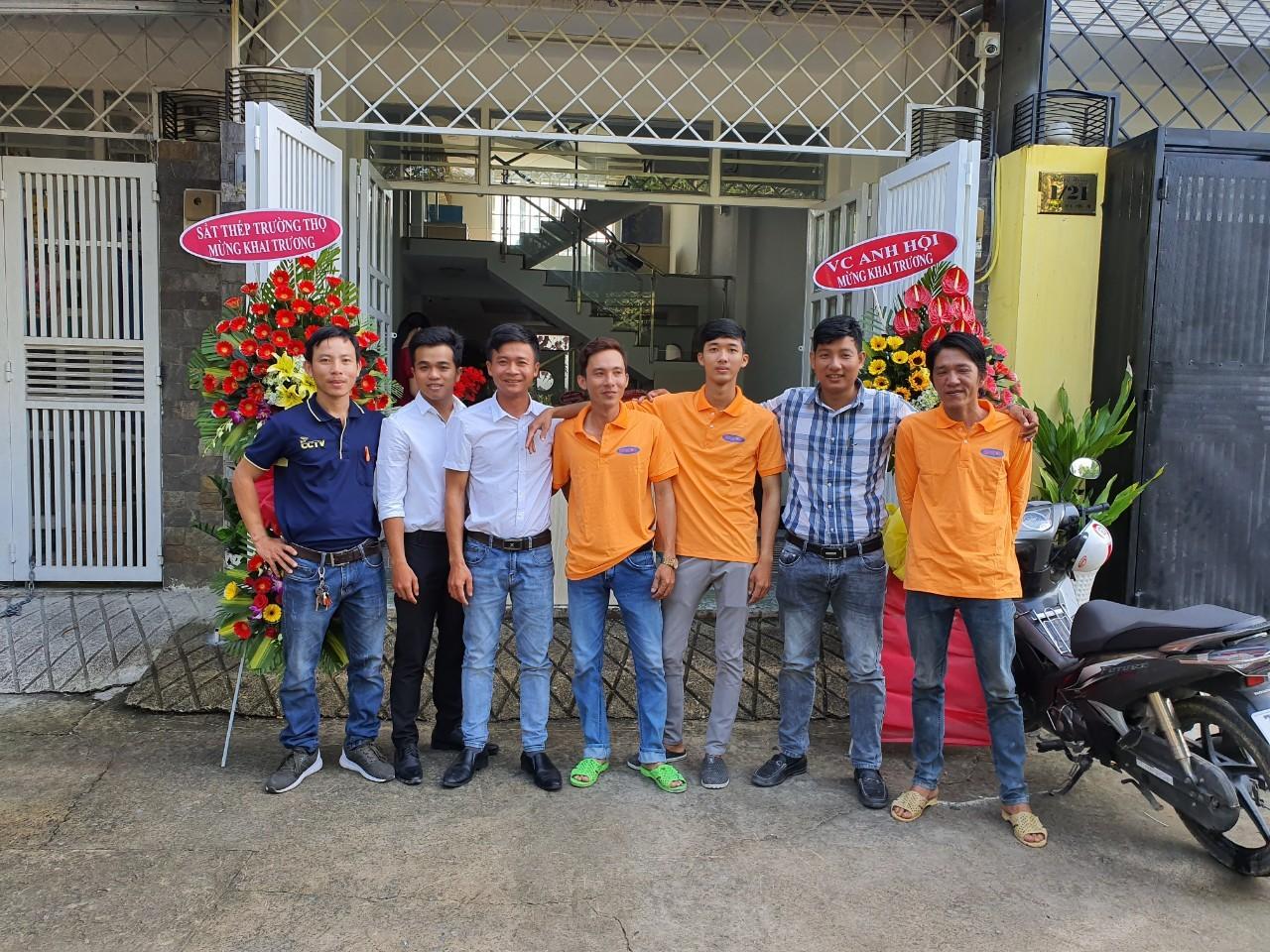Đội ngũ nhân viên Công Ty Nam Saif Gòn